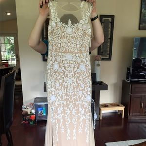 Badgley Mischka dress size 6. Absolutely gorgeous